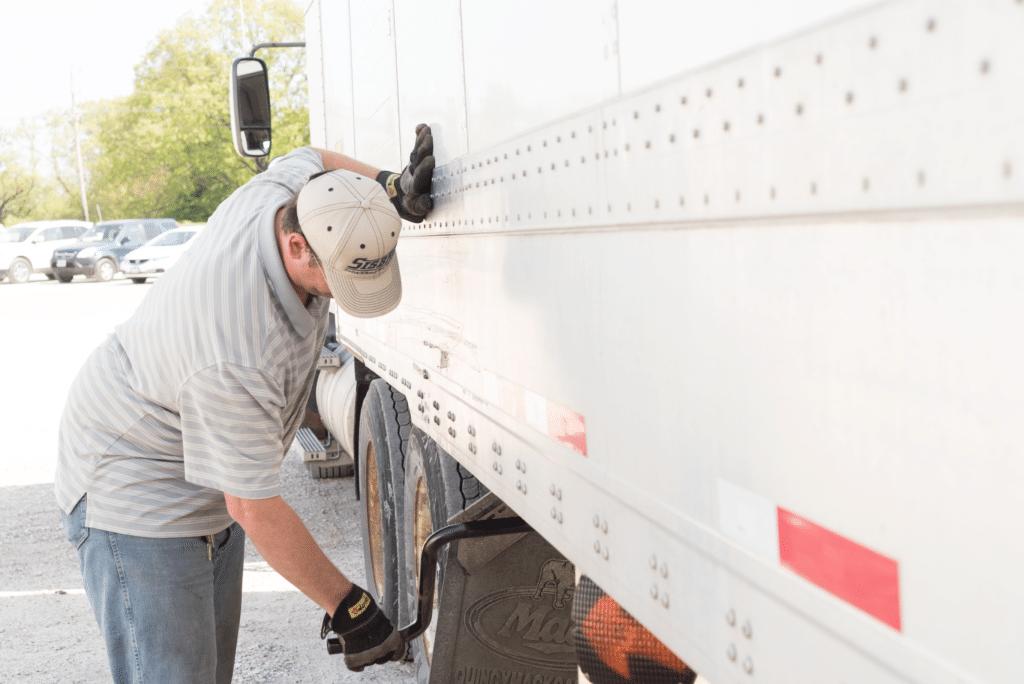 How to Park a Semi Truck-Sisbro Inc